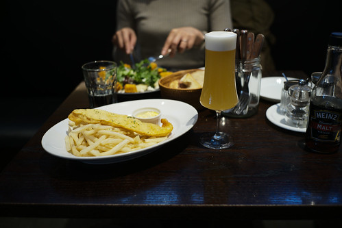 fish & chips with beer